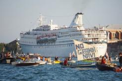 21soc1-navi-venezia-lapresse